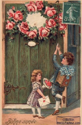Carte postale ancienne avec enfants tirant la chaine d'un porte pour souhaiter une bonne année.