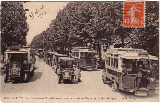 Boulevard Saint Martin avec taxi de la Marne sur carte postale ancienne