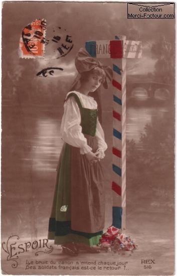 Alsacienne sur carte postale ancienne