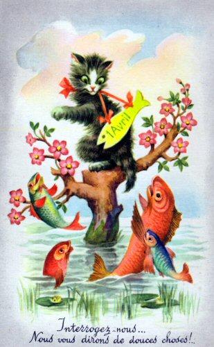 Un chaton dans un arbre fleuri regarde des poissons d'avril sur une carte postale