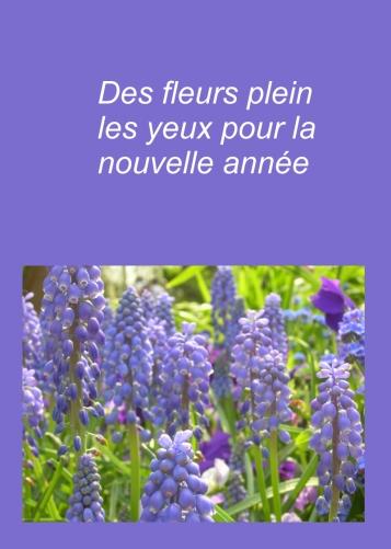 carte de voeux avec fleurs violettes