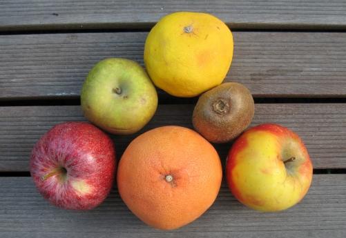 Fruits pomme kiwi orange pour maigrir