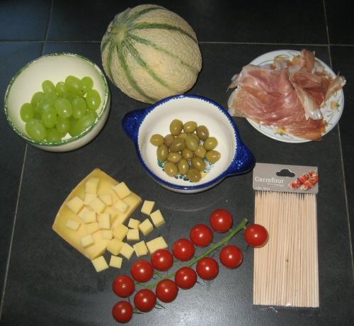 ingredients pour la recette des brochettes apéritives pour l'été