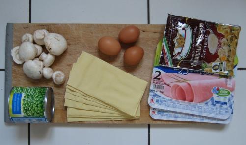 photo des ingredients de la recette des lasagnes au jambon et aux champignons pour repas de fete des meres