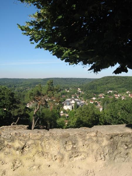 Vue de Chevreuse depuis le Chateau de la Madeleine
